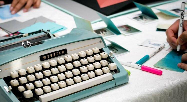 typewriter-1791834-3